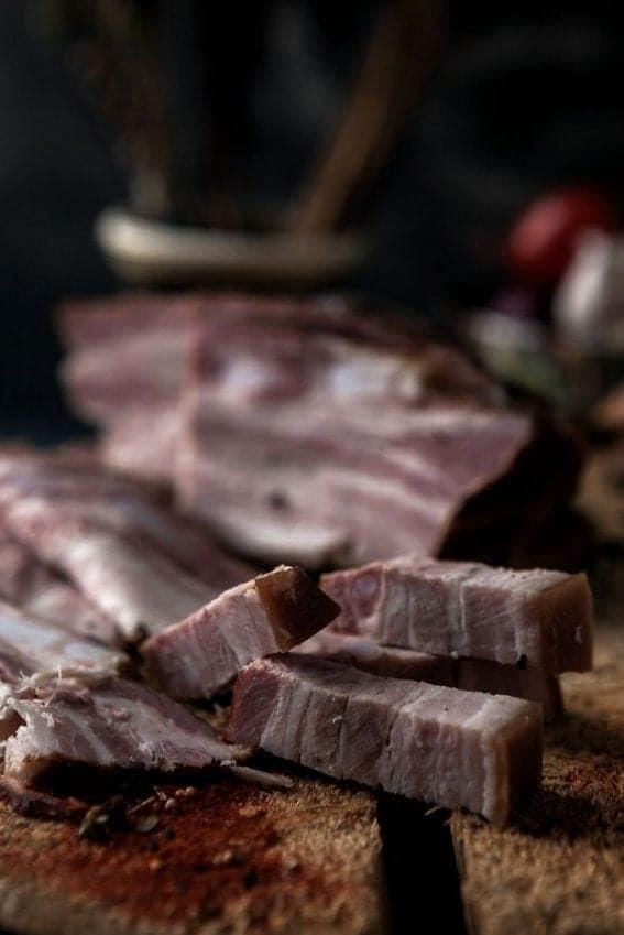 Piept afumat – Bacon (500g)