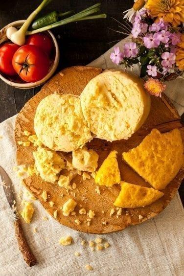 Brânză de burduf (500g)