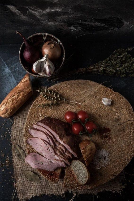 Pastramă afumată de porc (500g)