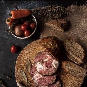 Toba de casa produs traditional din carne de porc mangalita #autenticro.eu 1